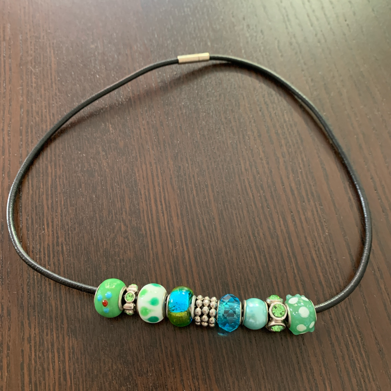 Product Image 1 - Glass and crystal charm cord