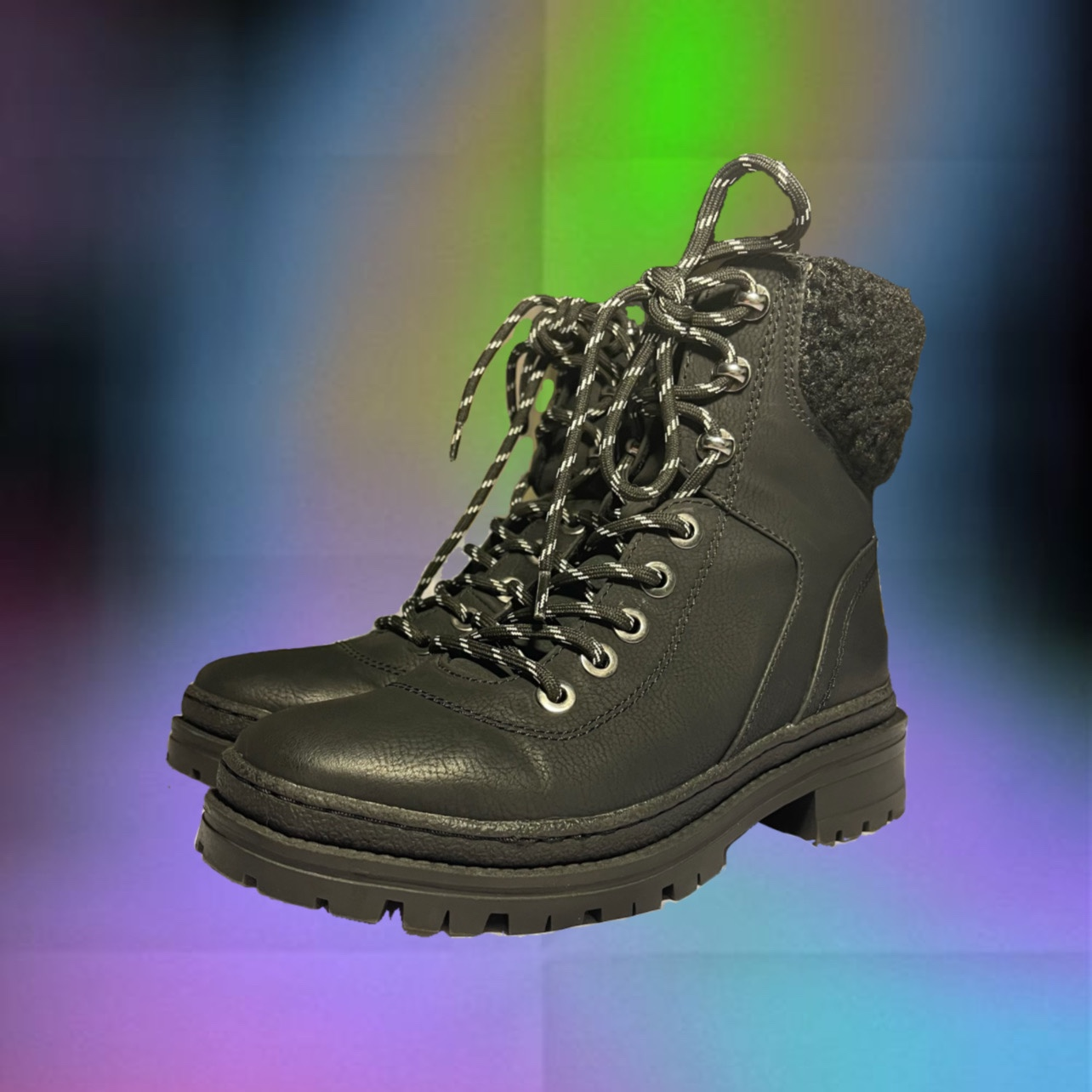 Product Image 1 - STEVE MADDEN BOOTS. in great