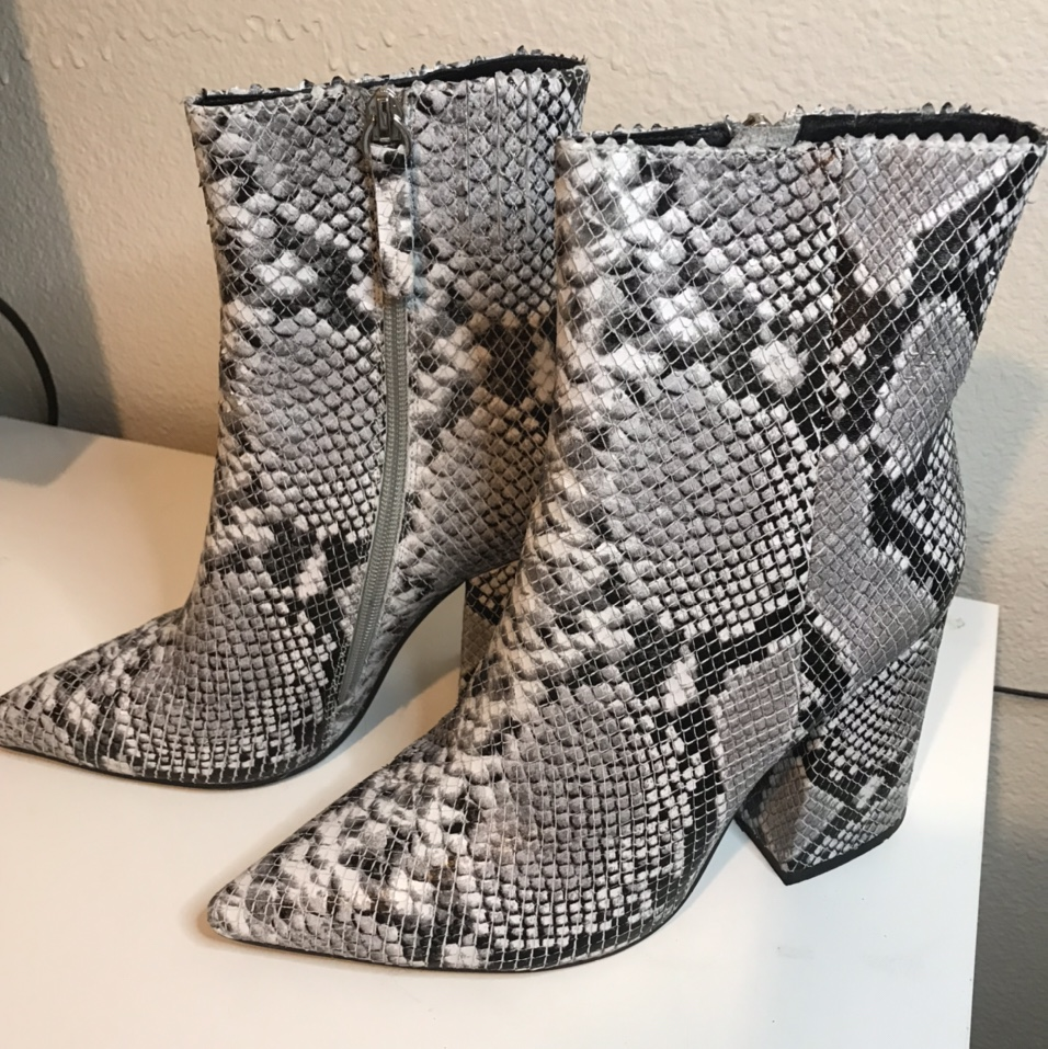 Product Image 1 - Alias Mae Ahara Booties These have