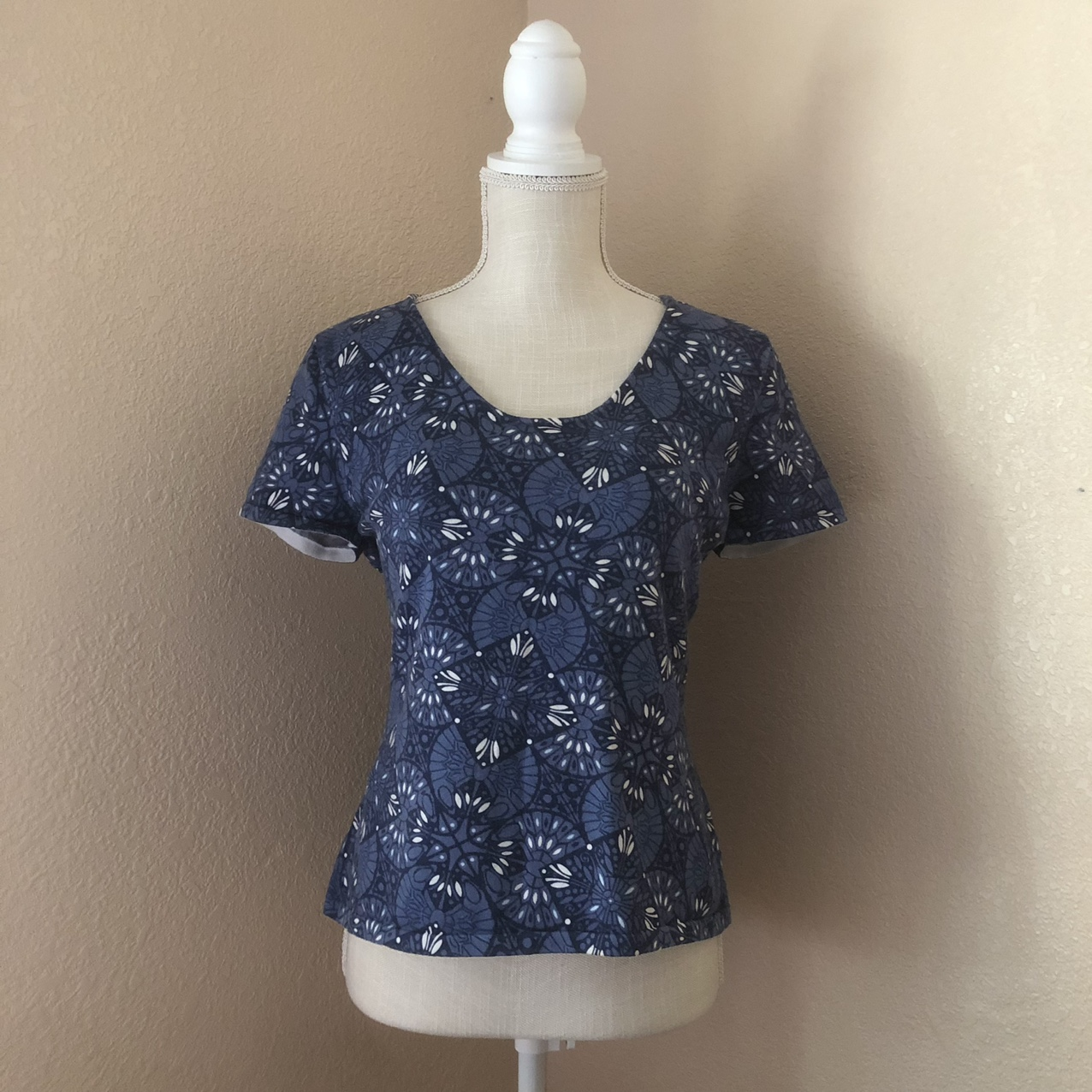Product Image 1 - 90s blue fairy core top