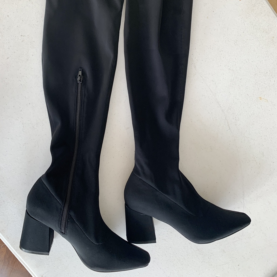 Product Image 1 - Misguided thigh high boots SIZE