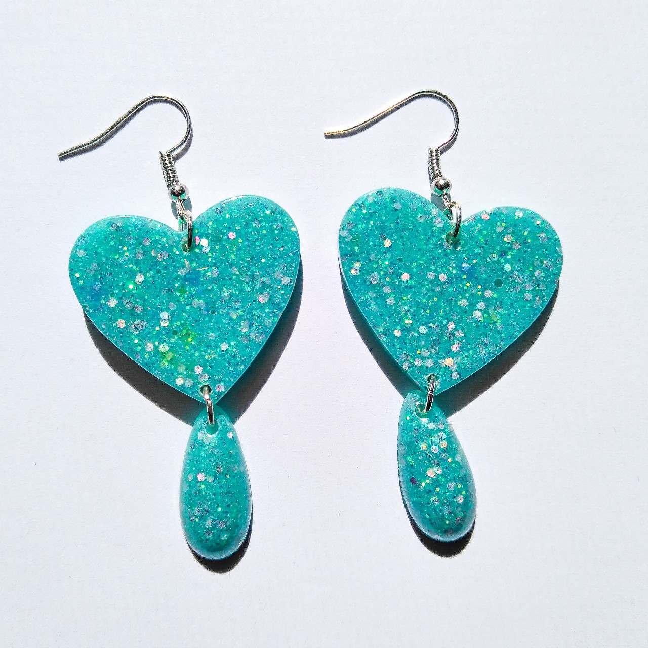 Product Image 1 - These glittery teal dangly heart