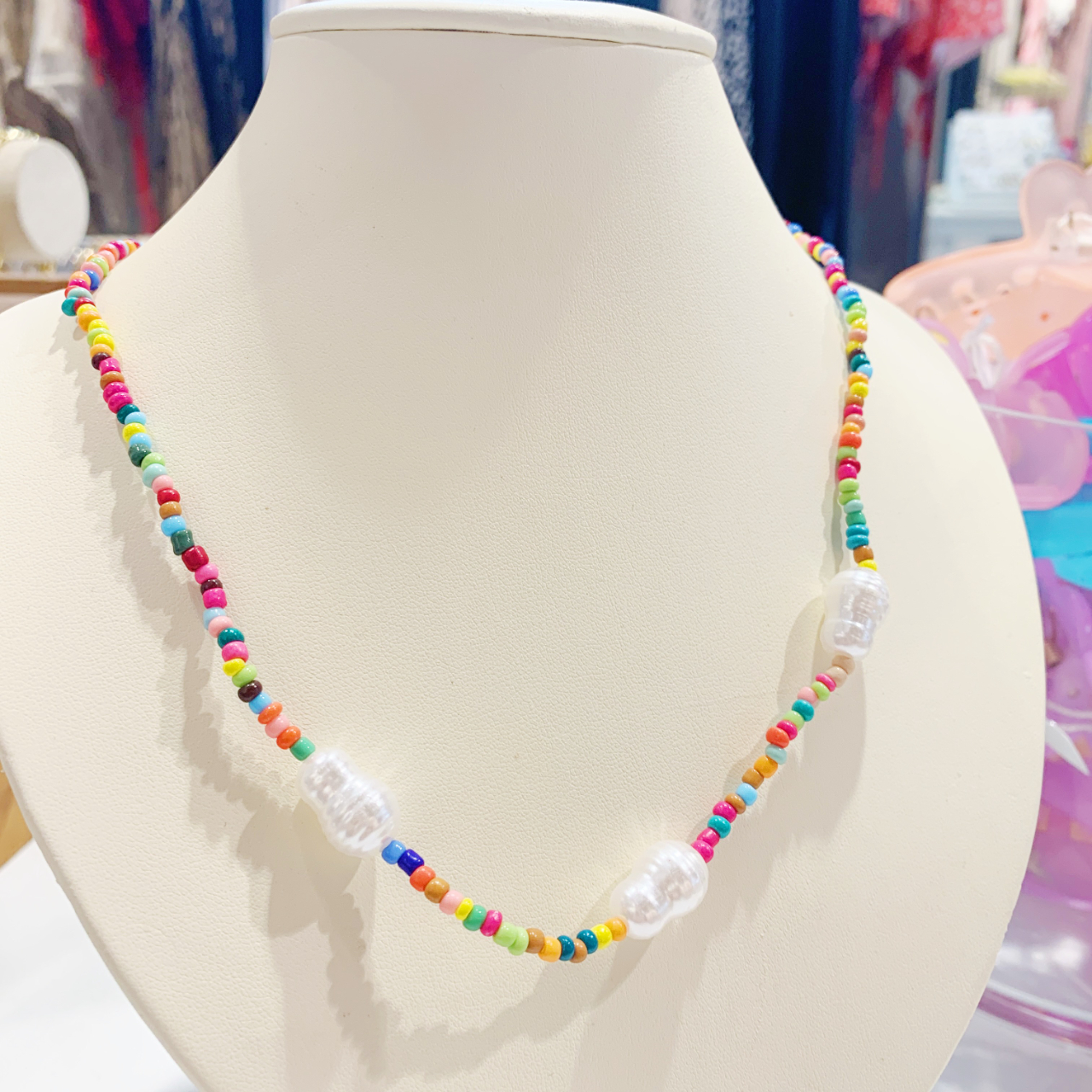 Product Image 1 - Adorable multi colored beaded necklace