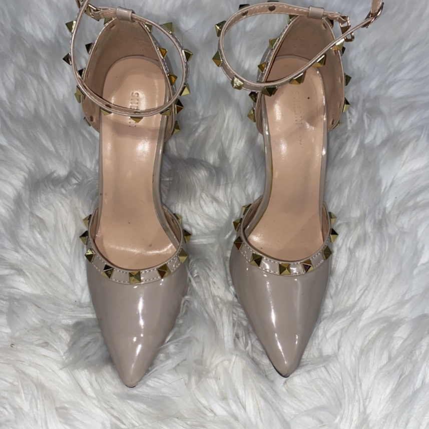 Product Image 1 - Nude heels with studs similar