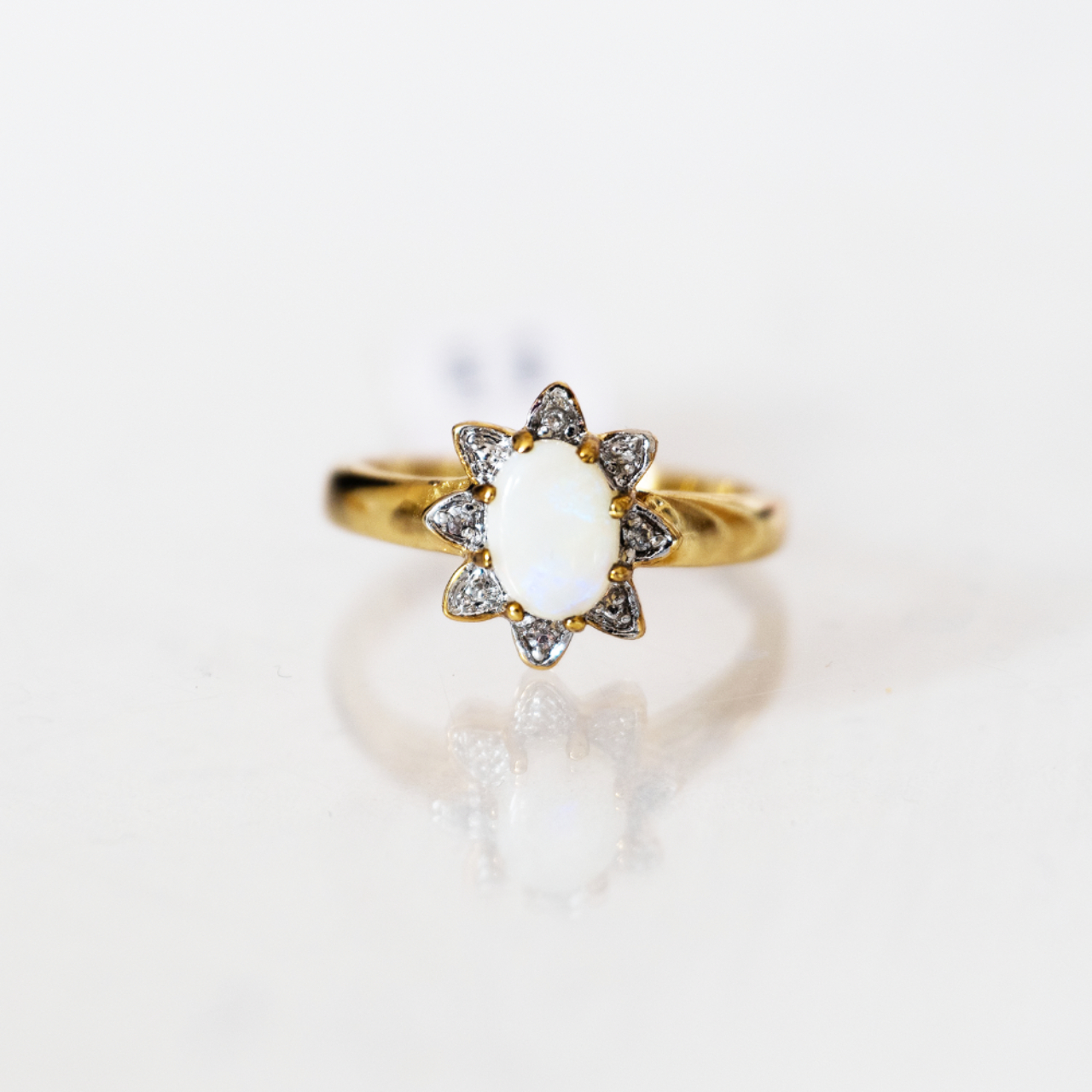 Product Image 1 - Gold Plated Opal Star Ring