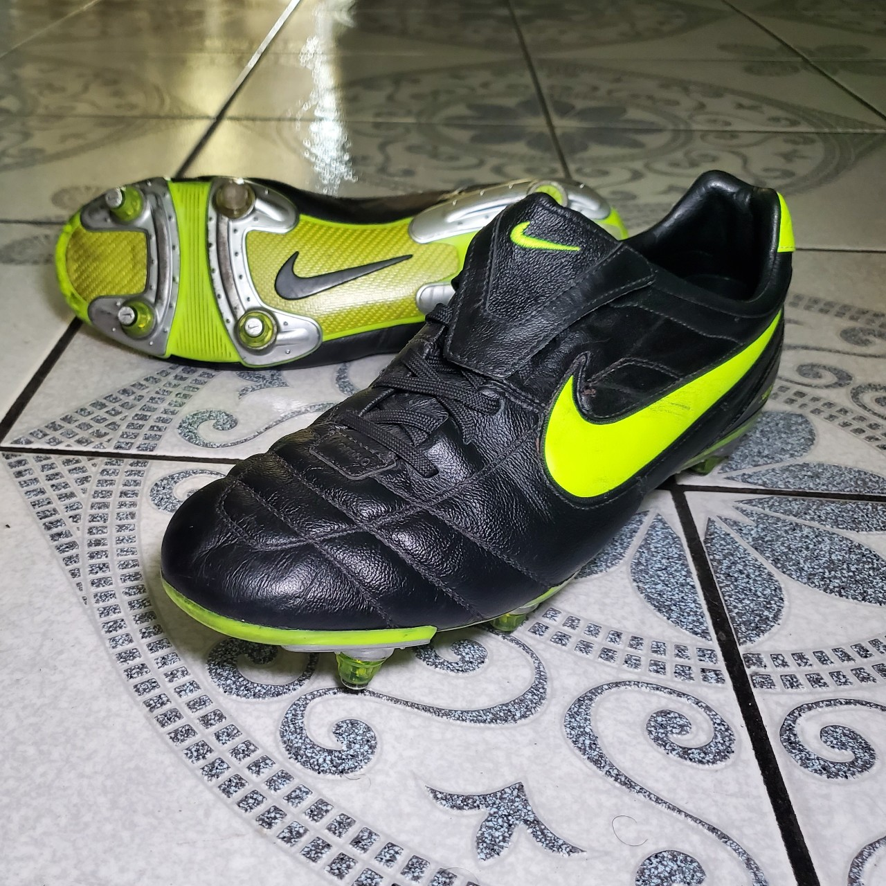 Product Image 1 - Nike Tiempo Air Zoom Legend