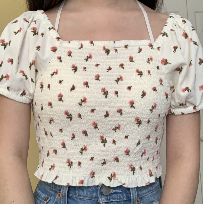 Product Image 1 - Cottagecore vibes top with little