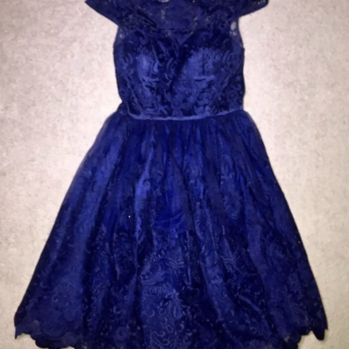 Product Image 1 - Chi Chi London lace navy