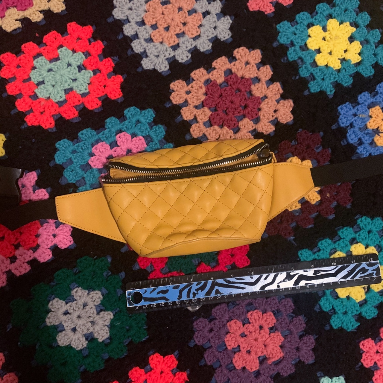 Product Image 1 - brand: idk traits: yellow style quilted