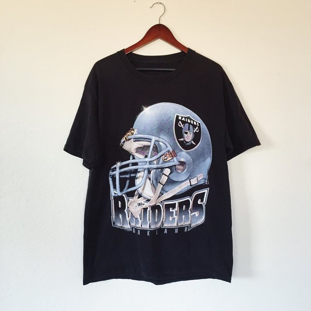 //Vintage 1996 Oakland Raiders T-Shirt || ... | us ...