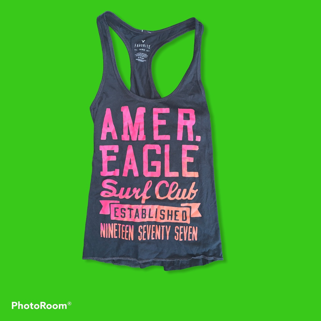 Product Image 1 - American Eagle tank top Free goodies