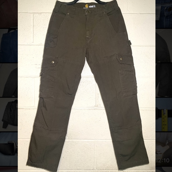 Product Image 1 - Carhartt Cargo Pants 30x31  In great