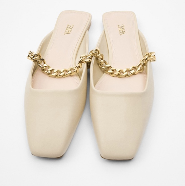 Product Image 1 - Zara sandals with chains size