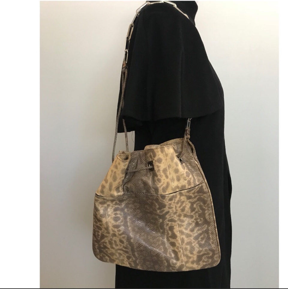 Product Image 1 - Gucci Snakeskin Purse with Chain