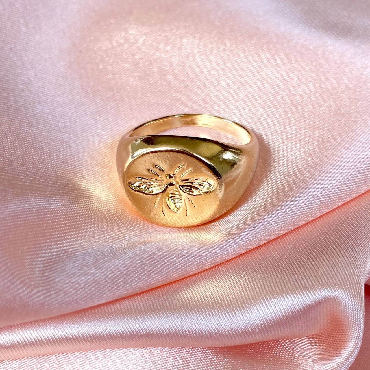 Product Image 1 - Gold Plated Bee Engraved Ring