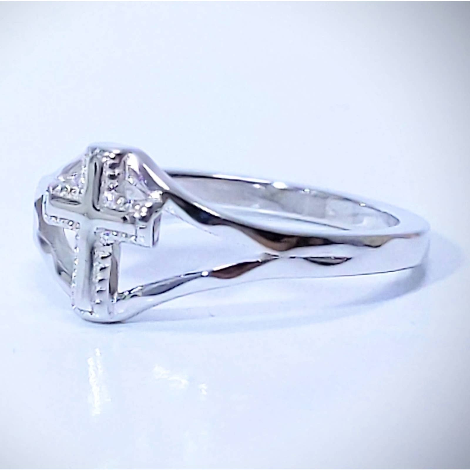 Product Image 1 - New Stunning 925 Sterling Silver