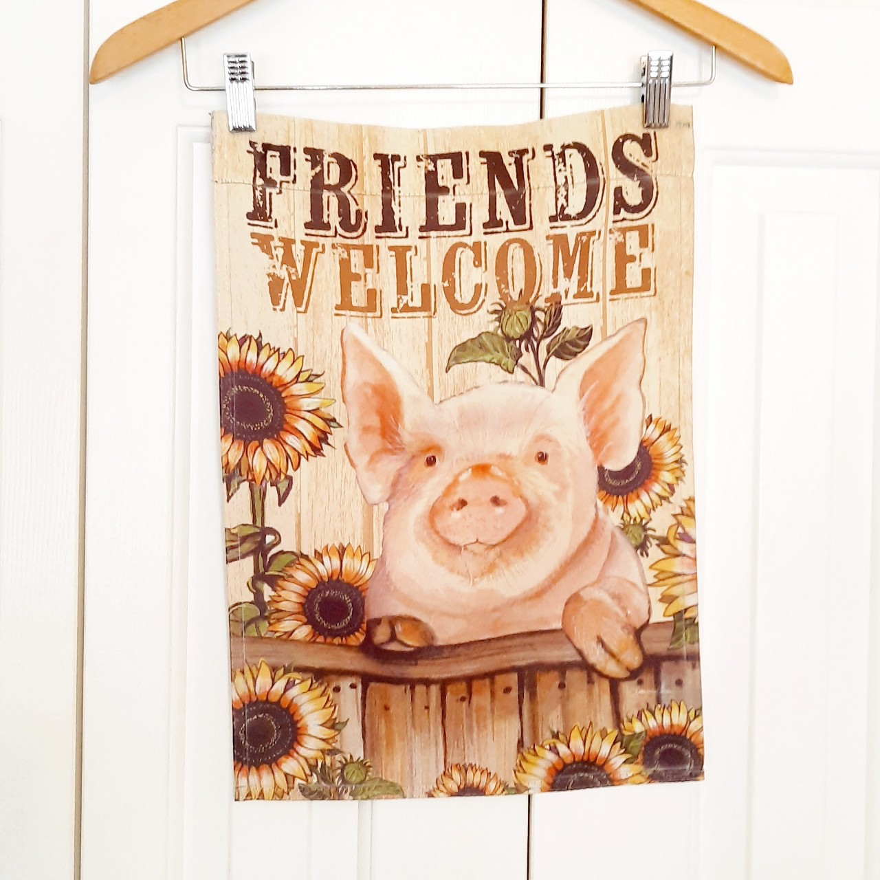 Product Image 1 - Vintage Friends Welcome piggy and