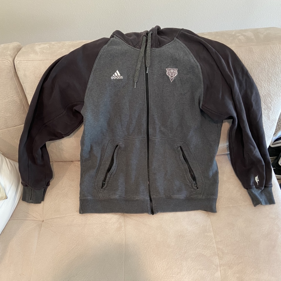 Product Image 1 - Game worn whole sweatsuit for