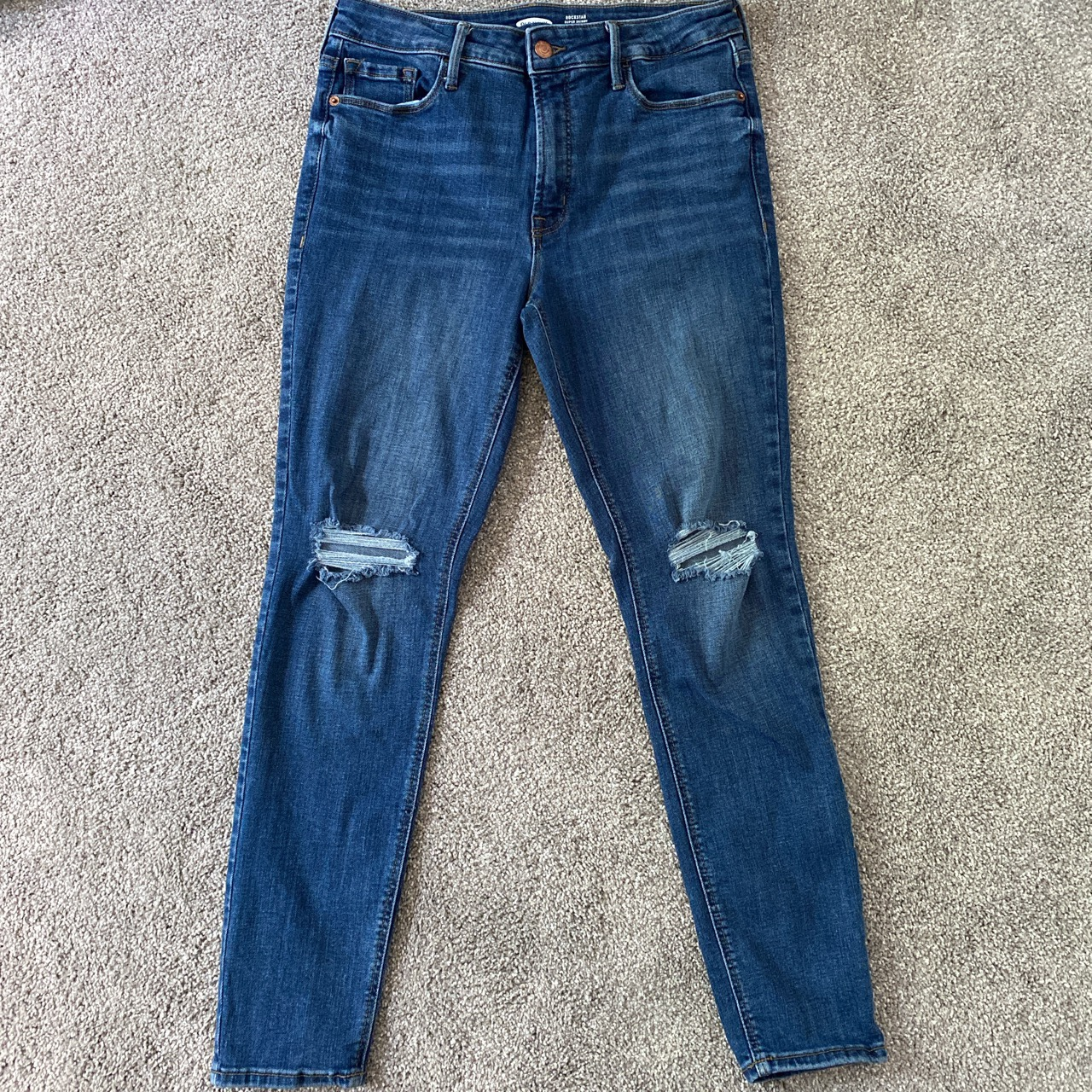 Product Image 1 - *Discount for @lvyyys!*  Old Navy Rockstar