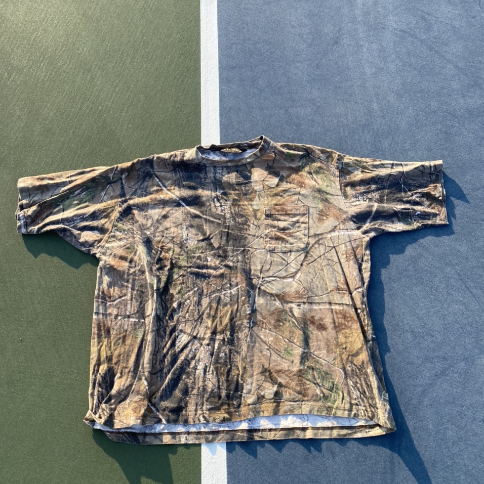 Product Image 1 - 90s Camo Pocket T-shirt  Good for