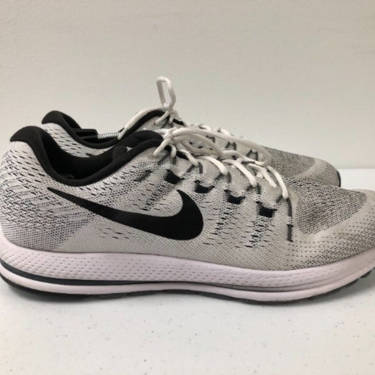 Product Image 1 - Nike Air Zoom Vomero 12