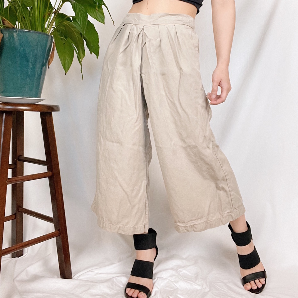 Product Image 1 - Pleated high waisted wide leg