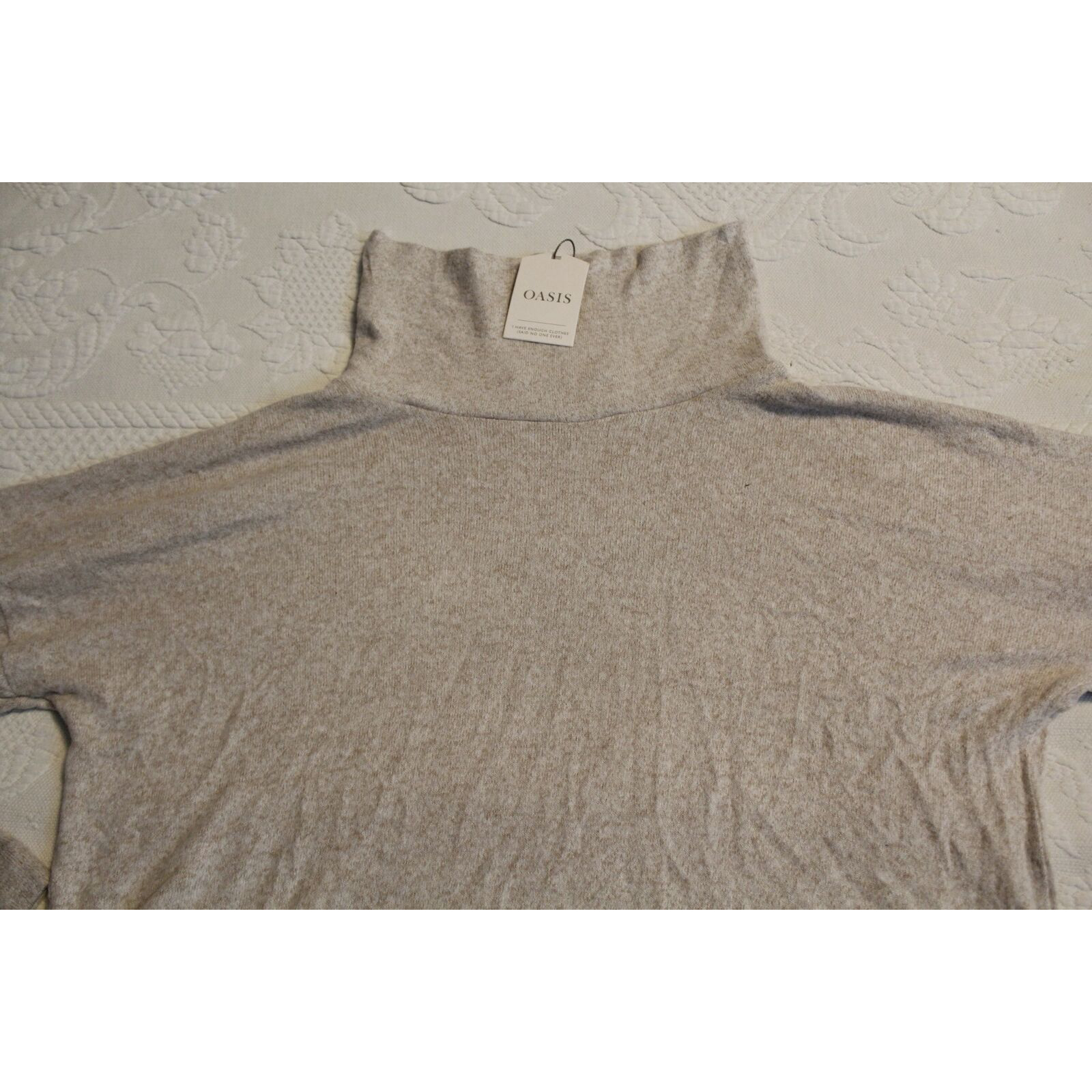 Product Image 1 - Oasis Women's Long Sleeve Funnel