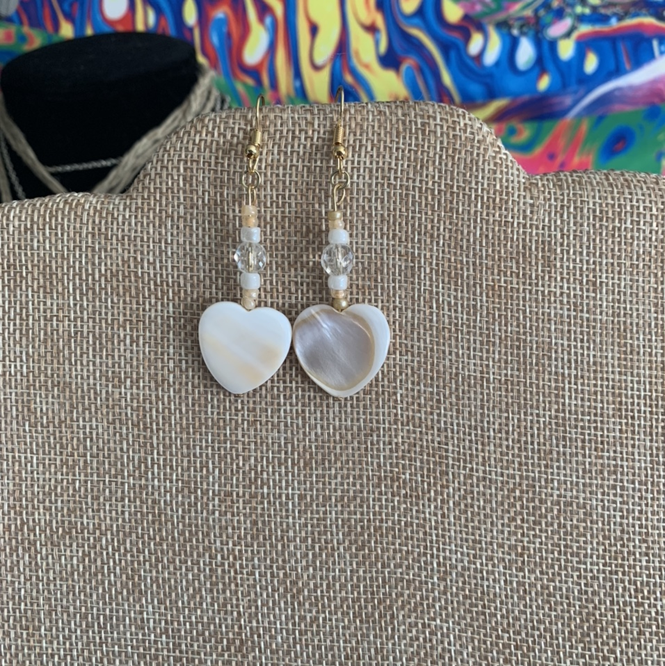 Product Image 1 - dangly gold heart earrings #s