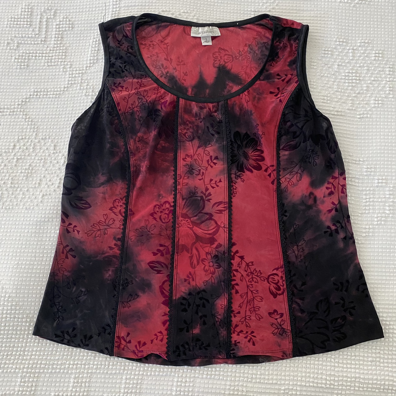 Product Image 1 - Beautiful red and black corset