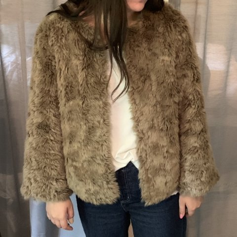 fafb43b7fa66a Faux Fur coat. BROWN. Cute worn with jeans and a tee. Nicely - Depop