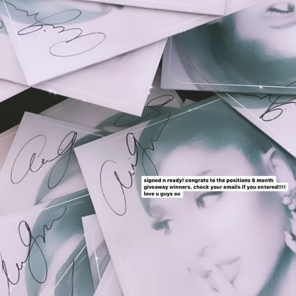 Product Image 1 - iso!!! the ariana grande signed