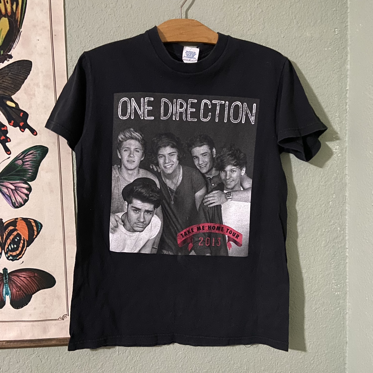 Product Image 1 - One Direction concert tee 2013 take