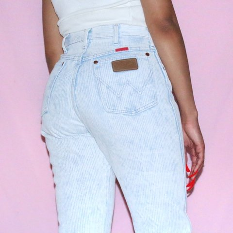 f85d7e6a @saripinx. in 3 hours. Los Angeles, United States. Best Rare Vintage High  Waisted Wrangler Denim Jeans!