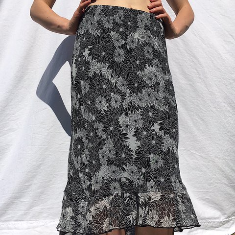 31f5f8a00b 90's black n white floral maxi skirt👻 Mesh overlay and n a - Depop