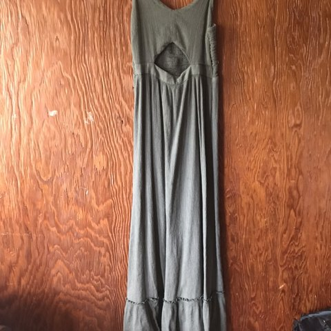 26b08ef269 Aerie maxi dress! An olive green color ♥ Tag says XXS, but - Depop