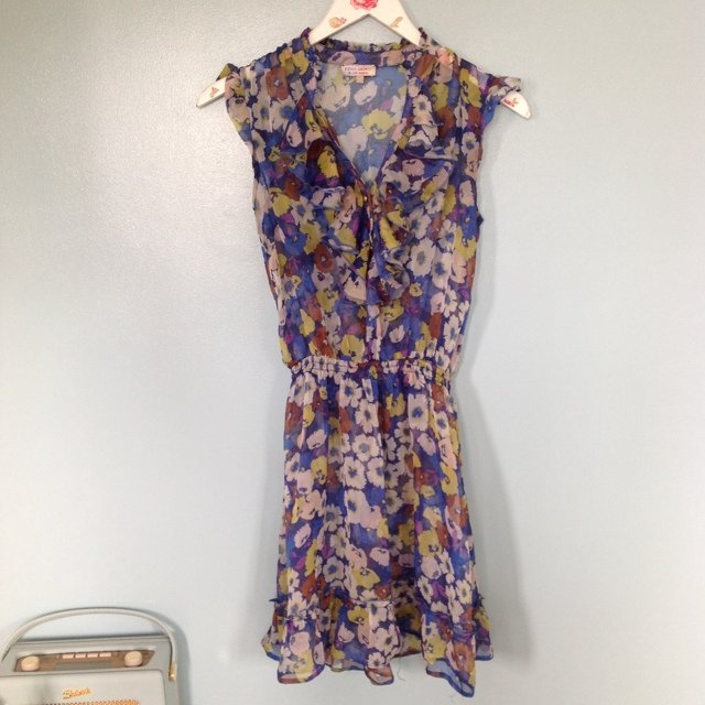 River Island sheer floral dress. No lining. Size 8.