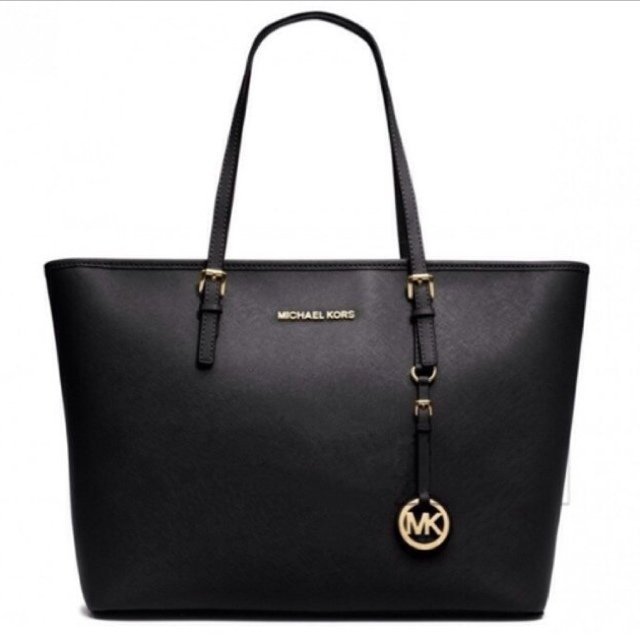 Replica michael kors bags uk Replica designer clothes uk