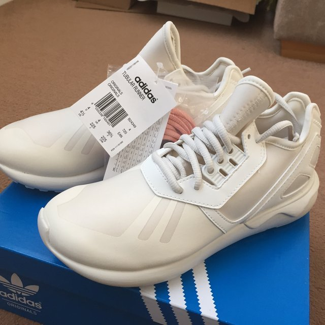 Adidas tubular sneakersnstuff for Adidas originals unicenter