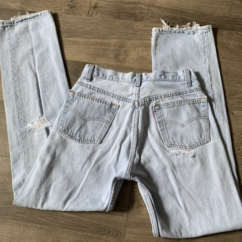 b77f78f4 @sandraeliassemaan. 4 days ago. New York, United States. Vintage light blue  wash levis 501.