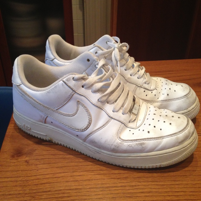 Nike air force 1 bianche basse numero 44 usate!... - Depop