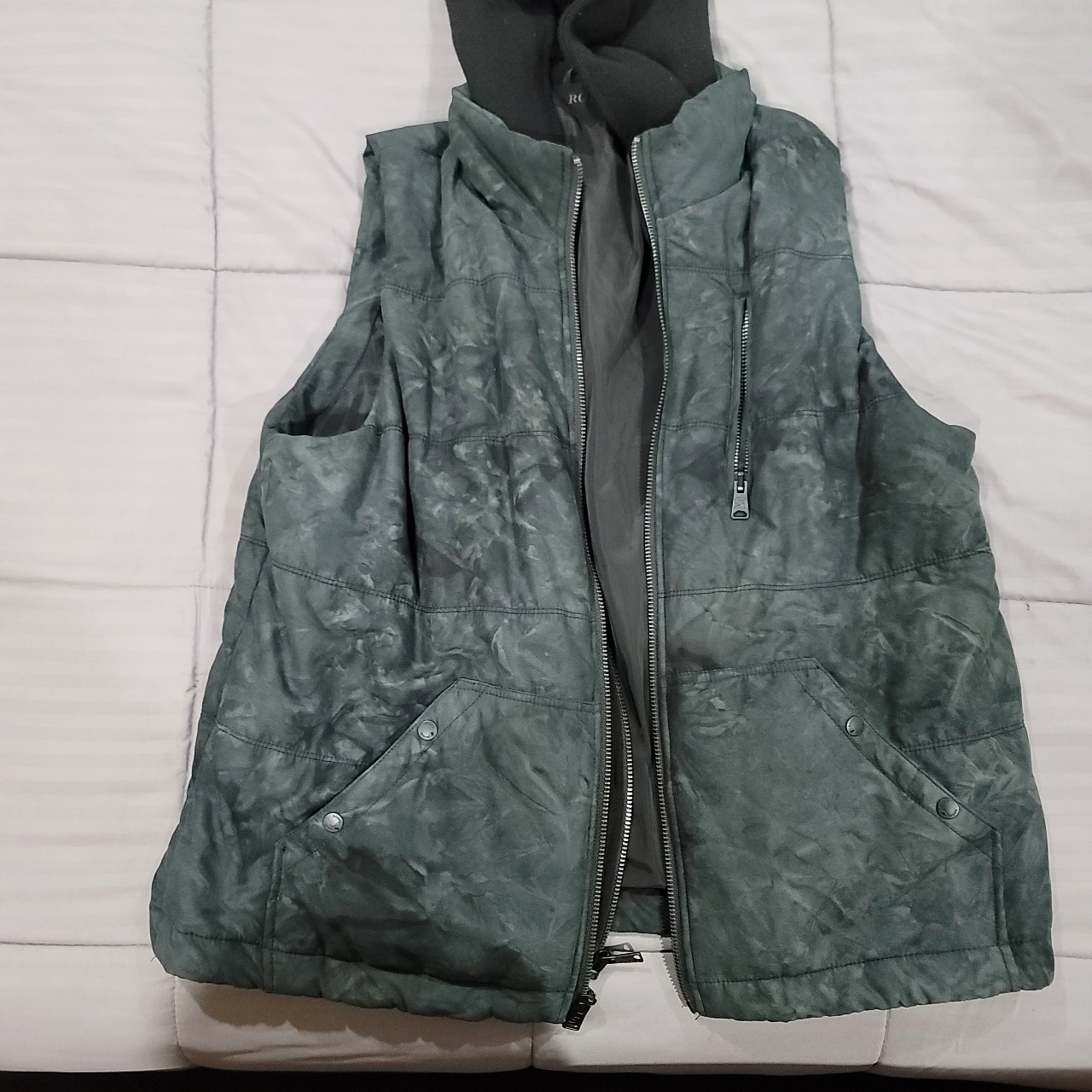 Product Image 1 - Rogue Territory Padded Vest with
