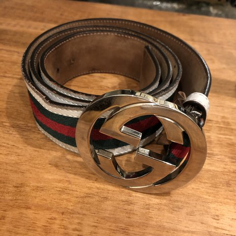 8895512c5 Men's Gucci belt 30-38 1000% authentic. Some flaws. See all - Depop