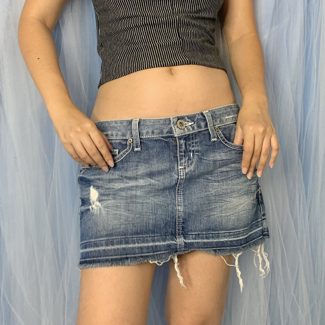 Product Image 1 - Vintage Y2K Guess low rise