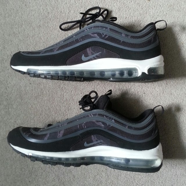 Mens Nike Air Max 97 Premium Tape Running Shoes