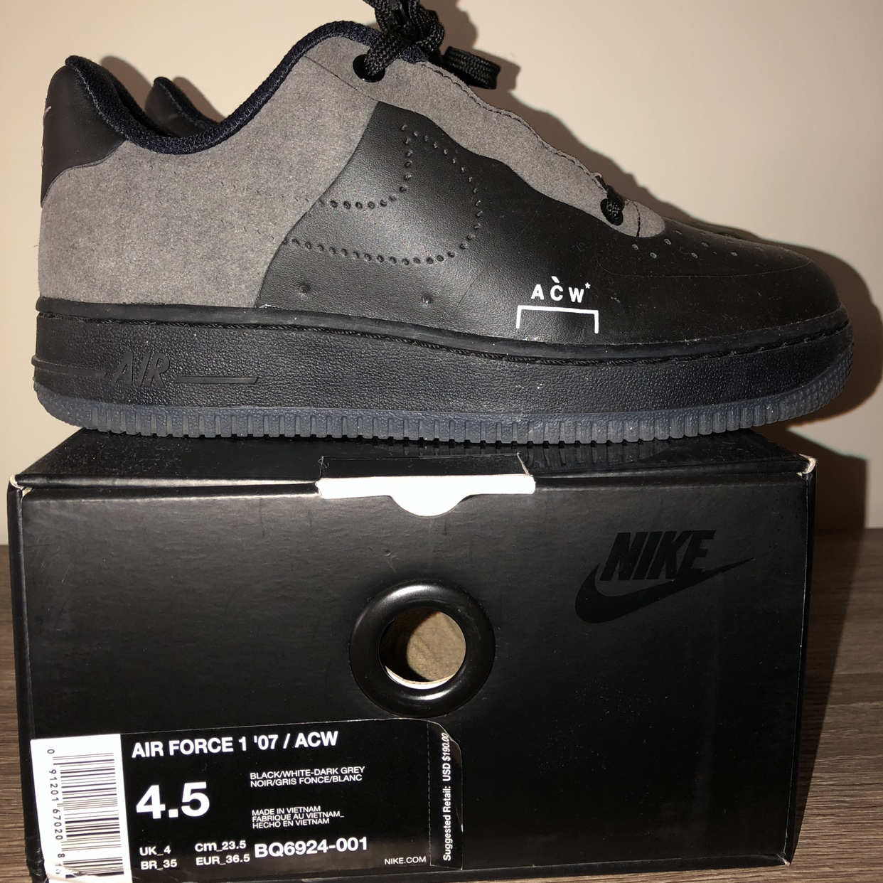6055366e Nike x a cold wall in black. purchased new on StockX. Size a - Depop