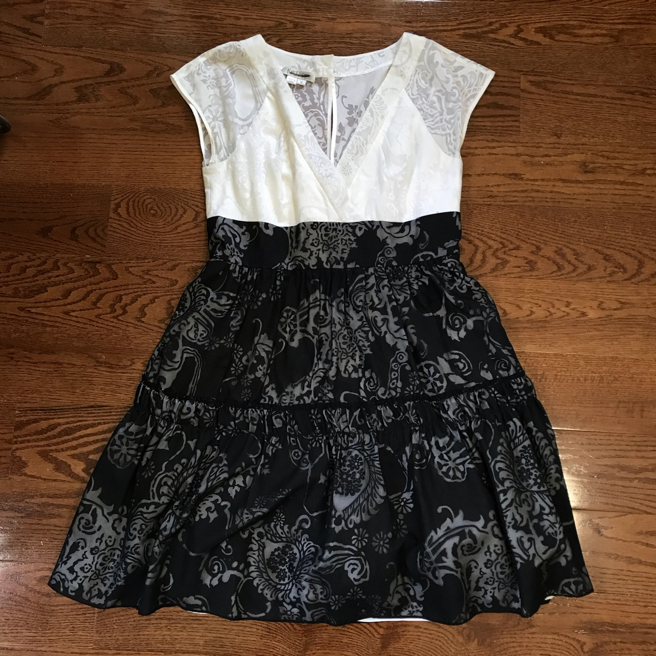 Product Image 1 - Kay Unger Black and White