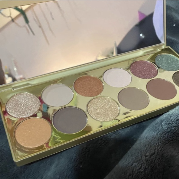 Product Image 1 - Stila cosmetics after hours palette