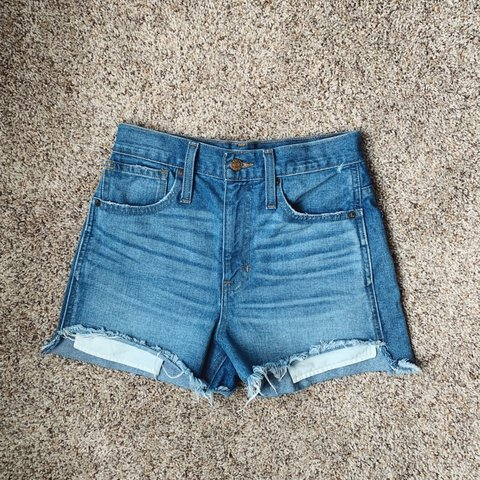 bc21573474 @cara_harrison. yesterday. Neptune Beach, United States. Madewell perfect  jean short step hem ...