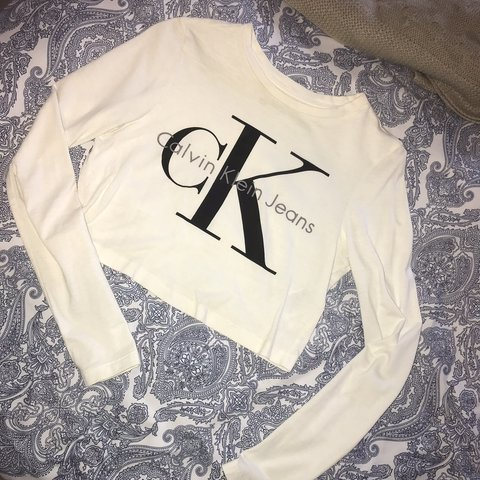 5d4ce062801 @alinax. 10 days ago. Sheffield, United Kingdom. Calvin Klein long sleeve  crop top, only worn once ...
