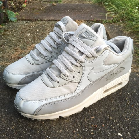 9b454f87de @tristanhayes. 2 hours ago. Brighton, United Kingdom. Air max 90 Grey ⚫️Size  UK: 9 ⚪️Condition: Great condition ...